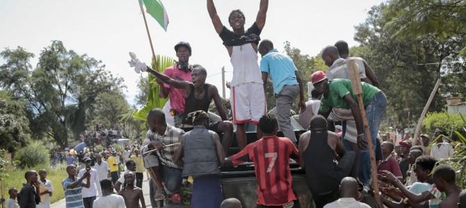 Los obreros y campesinos pobres de Burundi siguen los pasos de sus hermanos de Burkina Faso… ¡VIVA LA REVOLUCIÓN DE LOS EXPLOTADOS DEL ÁFRICA NEGRA!