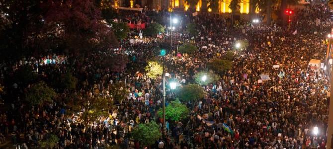 La revolución argentina busca abrirse paso nuevamente… ¡VIVA EL TUCUMANAZO! ¡QUE SE VAYAN TODOS! ¡POR UN GOBIERNO DE LOS EXPLOTADOS!